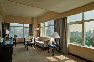 北京名人国际大酒店【双早】家庭套间