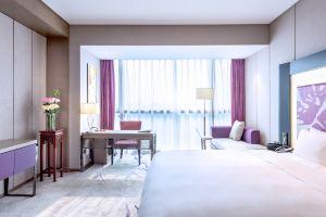 西安印力诺富特酒店(【含早】高级房2晚+双人自助晚餐1份)