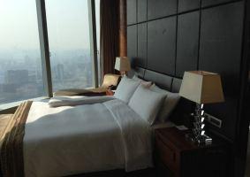 南京绿地洲际酒店(高级市景房)