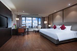 上海三迪华美达酒店(豪华房1晚+广富林遗址成人票2张)