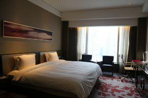 南京银城皇冠假日酒店(皇冠高级房+牛首山门票2张)
