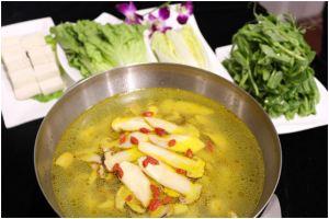 重庆圣地布达拉酒店营养松茸土鸡汤锅套餐