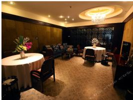 重庆君顿精品酒店(双人自助午餐)