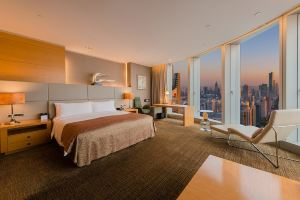 南京绿地洲际酒店(超豪华房+双早)