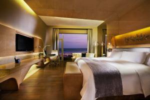 青岛银沙滩温德姆至尊酒店(【含早】豪华海景房+双人自助晚餐)