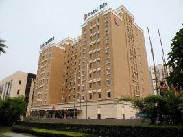 宜必思酒店(上海联洋店)(自助早餐+延迟2小时退房)