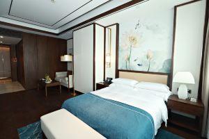 南京汉润1882大酒店(豪华大床房-2晚)