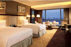 武汉世茂希尔顿酒店(提前3天预约-豪华房+双早)
