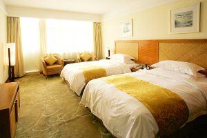 黄山温泉度假酒店(拥泉楼豪华房)