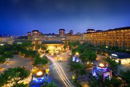长隆酒店(广州长隆野生动物世界店)(【3天2晚含早】高级房2晚 2动物园 2大马戏 2晚餐)