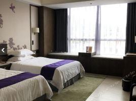 广州碧泉空中温泉大酒店(豪华双人房+早餐+晚餐+温
