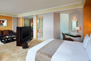 上海世茂皇家艾美酒店(【含早】精致套房)