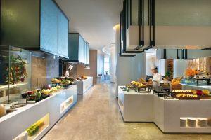 三亚洛克铂金海景酒店(成人自助海鲜烧烤晚餐)