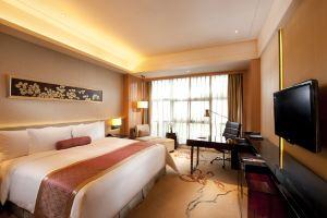 广州万富希尔顿酒店(希尔顿客房)