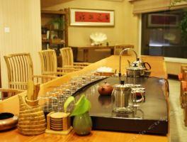 青岛颐瑞凯莱酒店下午茶