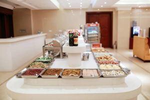 维也纳酒店(上海浦东机场店)单人自助早餐