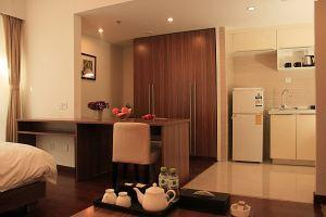 青岛途家斯维登度假公寓(大拇指广场)(高级市景大床房)