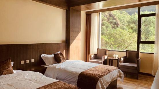 Lunzhoucang Hotel