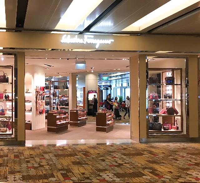 萨瓦托•菲拉格慕 (樟宜机场T1店)