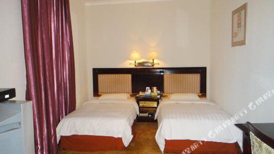 Pingzhou Hotel