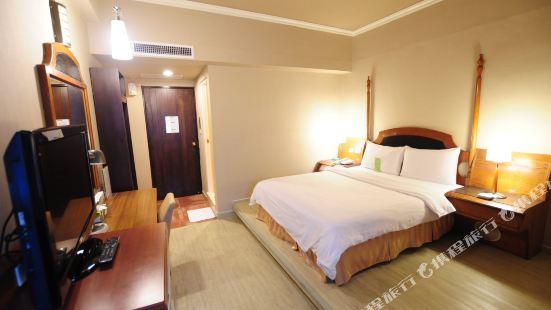 Kindness Hotel (Kaohsiung Wu Jia)