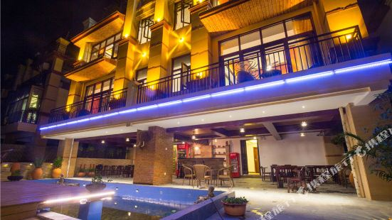 22 Degree Rain Forest Villa Holiday Hotel