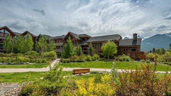 Rundle Cliffs Lodge by Spring Creek Vacations