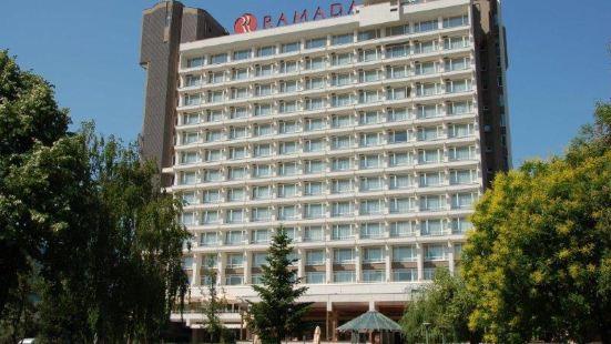 華美達公園酒店