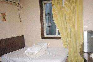 上海欣普旅馆(大床房)