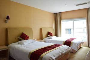 厦门燕泰酒店(标准房/豪华房2选1)
