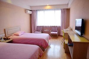 鲁科88商务连锁酒店(泰安大都店)(豪华标间)