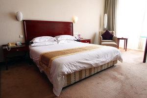 上海新长江大酒店(豪华房+上海外滩AR体验馆2人)