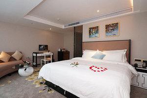 迎商酒店(广州珠江新城赛马场店)商务大床房-钟点房