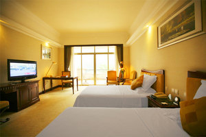 碧桂园广州凤凰城酒店高级客房泳池蒸气健身