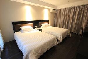 桔子酒店(连云港步行街店)(高级双床房)