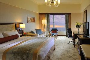 北海香格里拉大酒店-豪华海景大床/双床房+2人海洋之窗门票