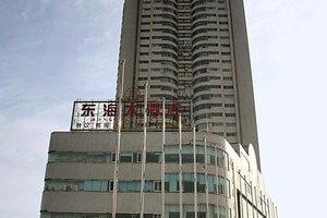 青岛东海大酒店(C型两室一厅套房)