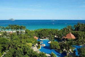 三亚亚龙湾万豪度假酒店(环海景观套房+2大2小早餐+旅行跟拍)