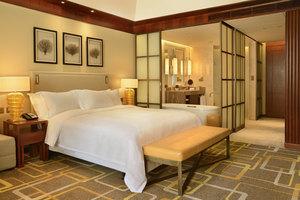 青岛金沙滩希尔顿酒店(高级房+单早+下午茶1份)
