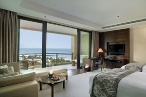 【2晚起订含早】海南雅居乐莱佛士酒店(清海居房+海边泳池+沙滩)