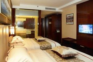 夏洛特国际酒店豪华房+迪士尼成人票+大巴票+早餐