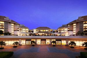 三亚亚龙湾万豪度假酒店(【含早】豪华海景房+豪华游船出海游一次)