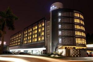 广州域酒店(特惠豪华大床房-4小时)