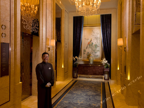 "<a href=""http://hotels.ctrip.com/pic-pid7062592/400109.html"" name=""needTraceCode"" data-dopost=""T"" >大连康莱德酒店公共区域</a>"