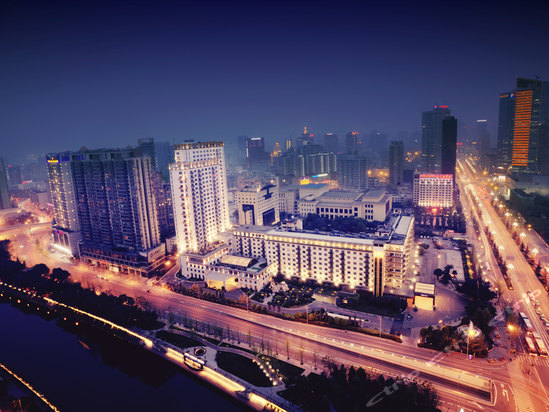 "<a href=""http://hotels.ctrip.com/pic-pid9871632/392701.html"" name=""needTraceCode"" data-dopost=""T"" >四川锦江宾馆外观</a>"