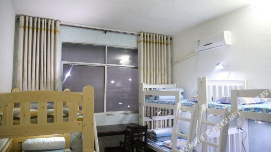 江永高瀑布青年旅館
