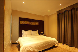 广州麦榕酒店(【周末通用】标准大床房)