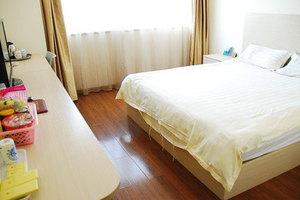 昆明三元宾馆(大床房)