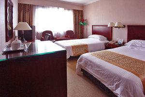 上海新长江大酒店(标准房+上海外滩AR体验馆2人)