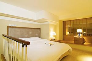 武汉新宿酒店(复式房-4小时)